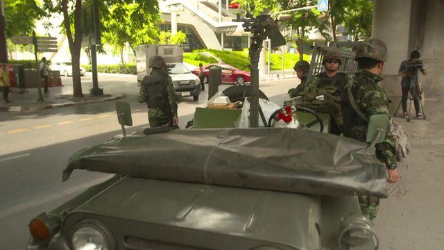 Soldiers on the street in Bangkok