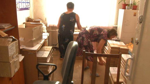 Women working at electoral commission