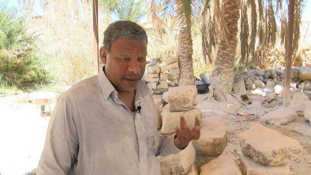 Craftsman Mohammed Eissa works with salt blocks