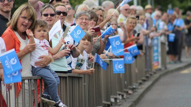 Crowds in South Lanarkshire for the Queen's Baton Relay