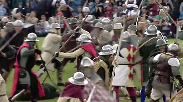 Actors re-enact the Battle of Bannockburn which took place in 1314