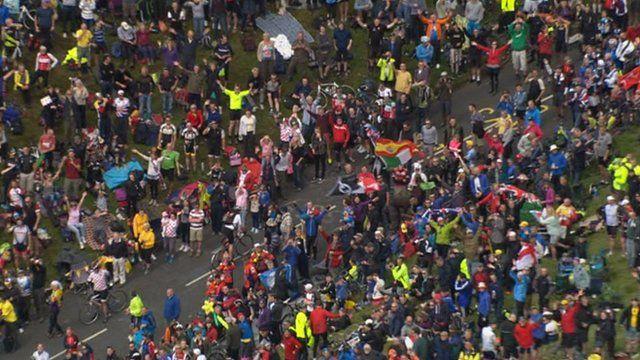 Tour de France crowds in Yorkshire