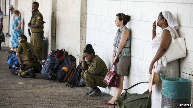 People in Ashkelon