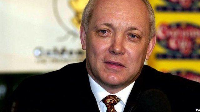 Frank Maloney in 2001