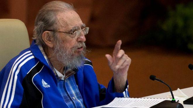 Fidel Castro akihutubu mkutano mkuu wa chama tawala cha Kikomunisti mjini Havana, Aprili 19, 2016.
