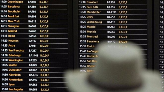 Cách đi máy bay khôn ngoan trong kỳ nghỉ lễ