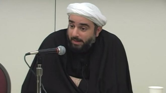 Sheikh Farrokh Sekaleshfar speaks at the University of Michigan in 2013