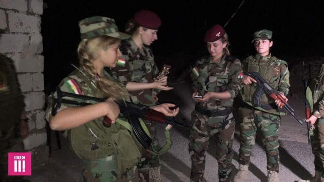 Meninas do batalhão yazidi