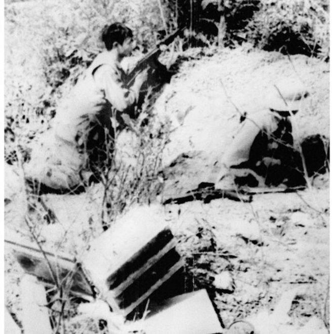 守衛涼山前線的越軍士兵。(攝於1979年2月21日)