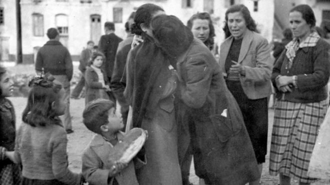 Greek refugees returning from Egypt in 1945 after three years at RA Wells camp