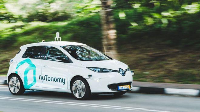 Первые беспилотные такси выехали на улицы Сингапура
