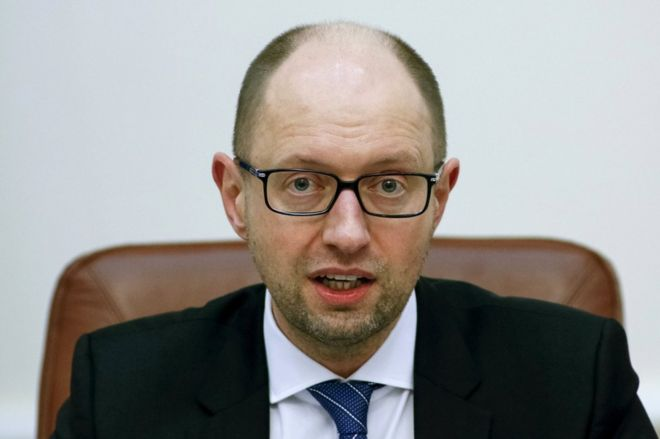Ukrainian Prime Minister Arseniy Yatsenyuk attends a cabinet meeting in Kiev, 16 March