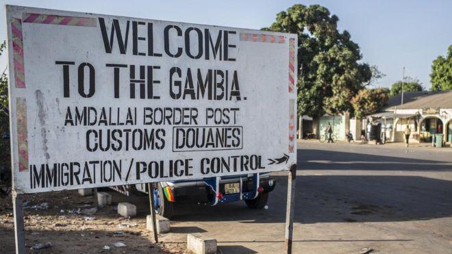 Сенегал начал военное вторжение в Гамбию при поддержке ООН