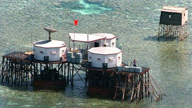 中国在南海岛礁上的建筑
