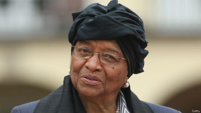 La présidente de la CEDEAO Ellen Johnson Sirleaf souhaite une issue rapide à la crise en Gambie
