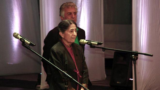 رضا کیانیان ( بازیگر ایرانی ) و لاتیکا پدگائونکار( منتقد فیلم هندی )