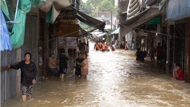 น้ำท่วม, ภาคใต้, อุทกภัย, 2560, ระบายน้ำท่วม