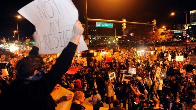 ABŞ-da Tramp-a qarşı etirazların ikinci gecəsi