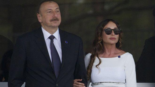 Madaxweynaha Azerbaijan oo xaaskiisa Mehriban ka dhigay madaxweyne ku xigeen