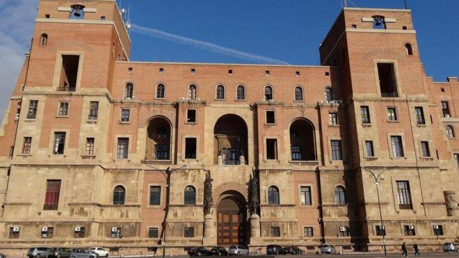 Palacio de Gobierno (Taranto), Italia, 1930-34