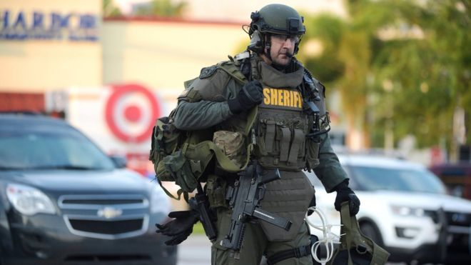 Miembro de un equipo SWAT en Orlando