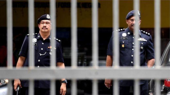 Cảnh sát Malaysia truy quét khổ lắm mẹ ơi