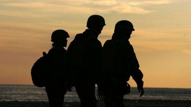 Estados Unidos: el escándalo de los marines que compartían fotos de sus colegas desnudas en Facebook