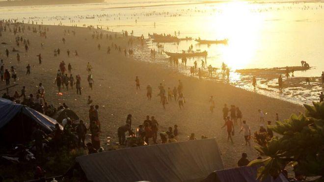 bau nyale, lombok, indonesia, festival