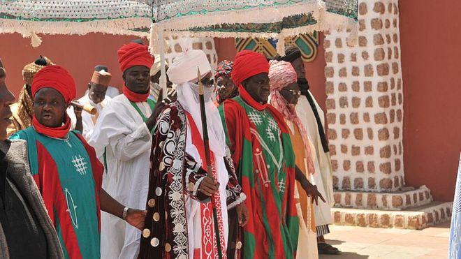 'Uma é suficiente': o líder muçulmano com 4 mulheres que quer banir a poligamia em parte da Nigéria