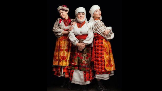 Ада Роговцева с дочерью Екатериной Степанковой и внучкой Дашей