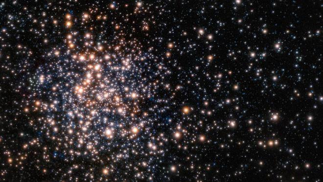 """Terzan 5 é considerado pelos astrônomos como um """"fóssil"""" da Via Láctea"""