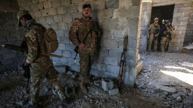 نیروهای عراقی یکی از پلهای استراتژیک موصل را تصرف کردند
