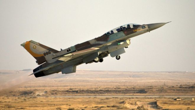 An Israeli F-16 fighter jet