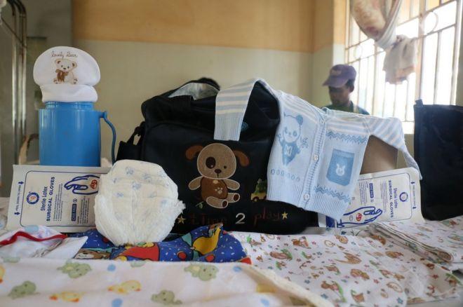 Kemisa Hidaya's maternity bag