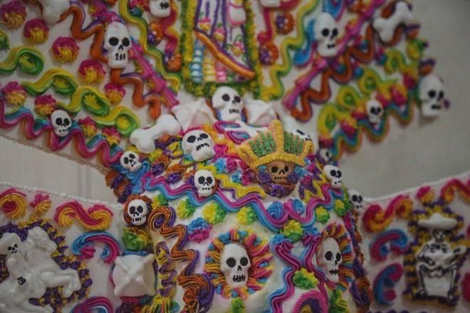 Close-up de um crânio do açúcar expostas na Feira Alfenique em Toluca
