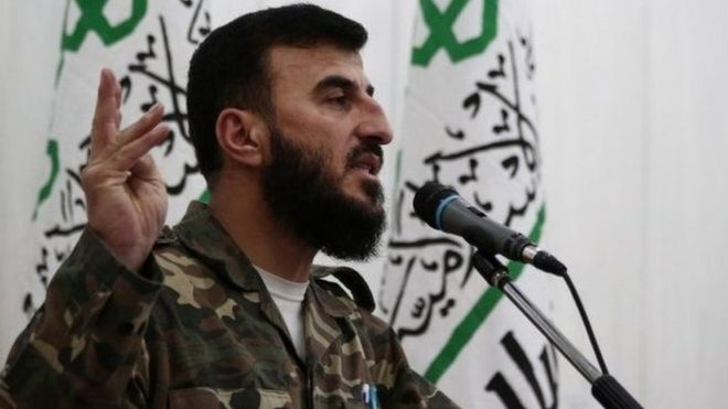 Zahran Alloush, người đứng đầu nhóm thánh chiến Jaysh al-Islam, hoạt động tại các vùng ngoại ô Damascus