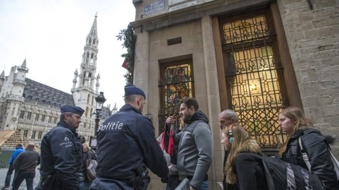 Belgian police check bags on Brussels' Grand-Place