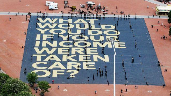 Campanha dos apoiadores da proposta questiona: 'E se o problema da sua renda básica estivesse resolvido?'
