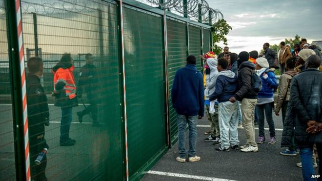 Migrants at Calais on 29 July 2015
