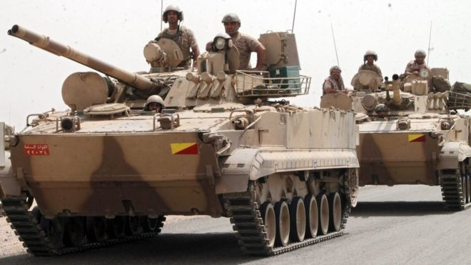 Saudi-led coalition military personnel travel through Aden (3 August 2015)