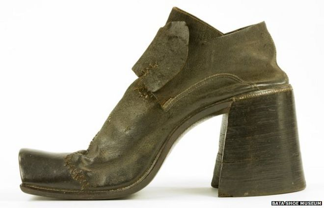 Why did men stop wearing high heels? - BBC News