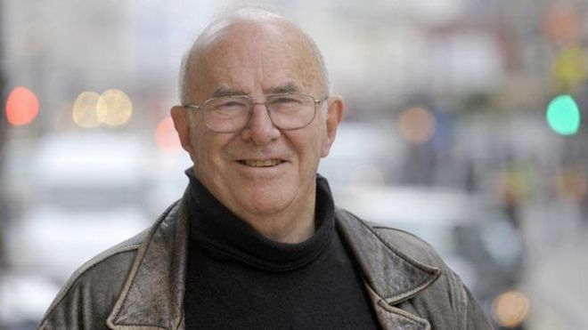 Clive James date of death