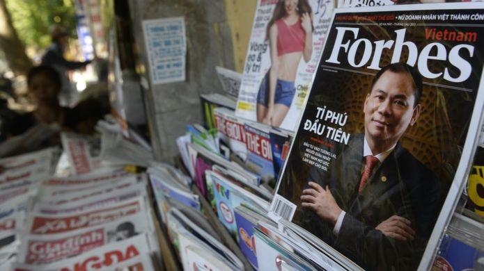 Ông Phạm Nhật Vượng trên bìa tạp chí Forbes