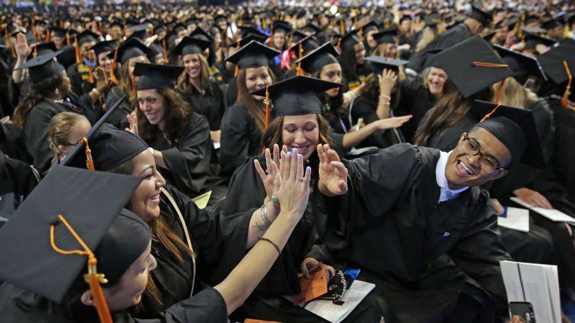 ¿En qué países te beneficia más tener un título universitario? _91202306_edu6