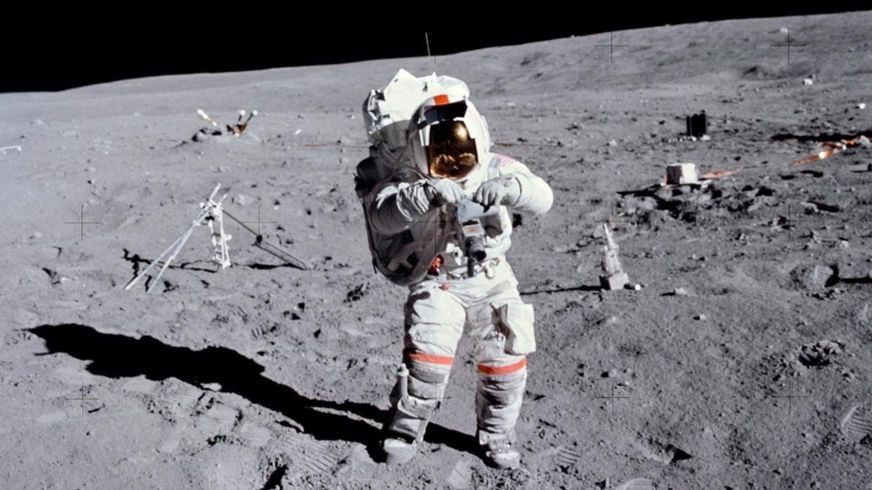 ayda astronot