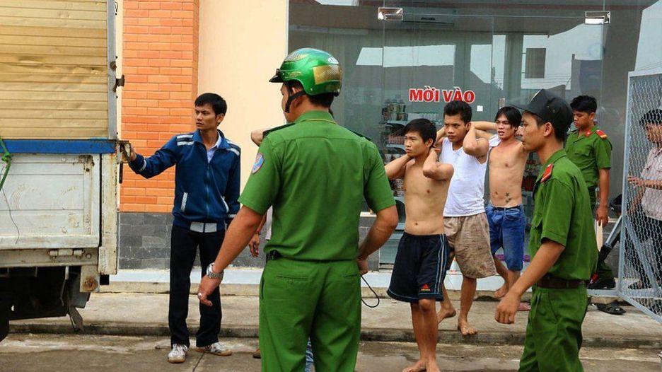 Việt Nam đã có không ít lần trại viên cai nghiện bỏ trốn: hình từ vụ tương tự ở Đồng Nam hồi 2016