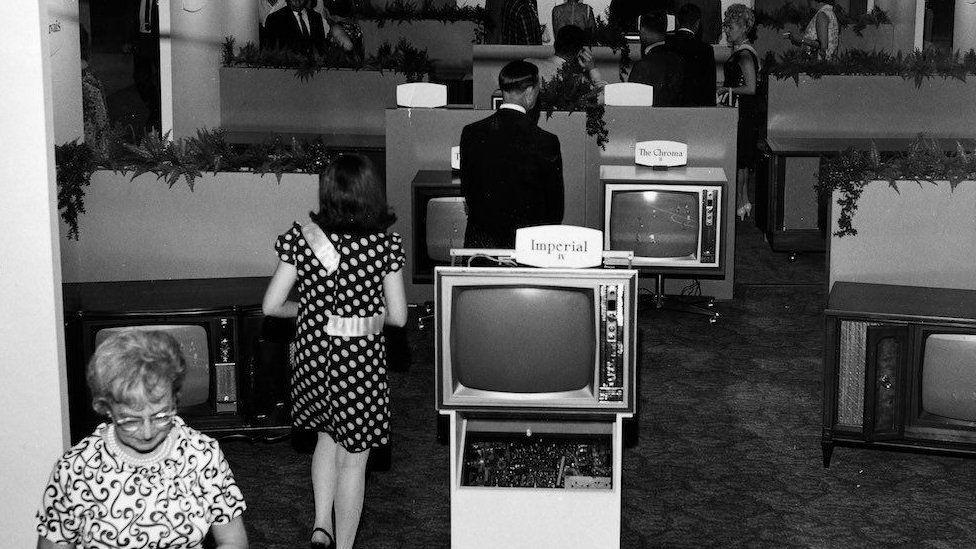 De fitas cassete à realidade virtual, as inovações nos 50 anos da CES, a feira de eletrônicos mais importante do mundo