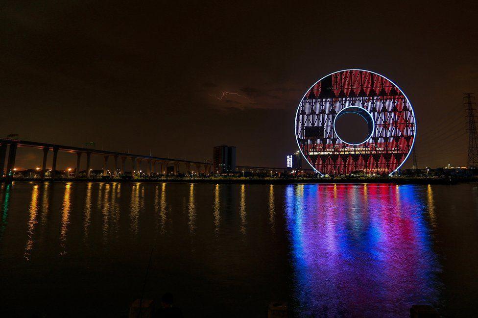 A view of Guangzhou Circle