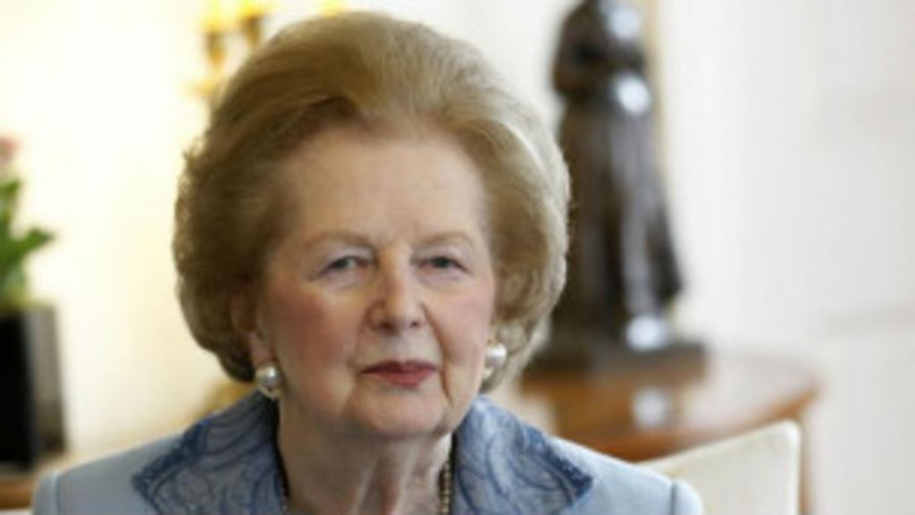 Morre ex-premiê britânica Margaret Thatcher - BBC Brasil
