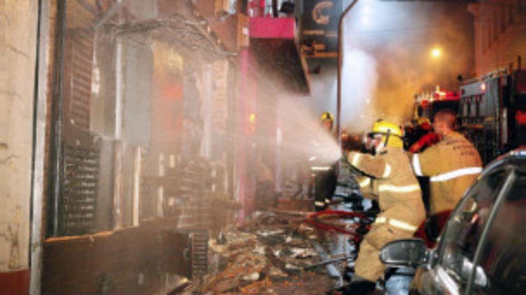 Polícia pede que 16 sejam indiciados pelo incêndio na boate Kiss ...